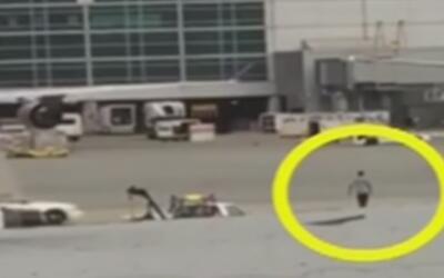 Hombre ingresa a la pista del aeropuerto de San Francisco burlando todas...