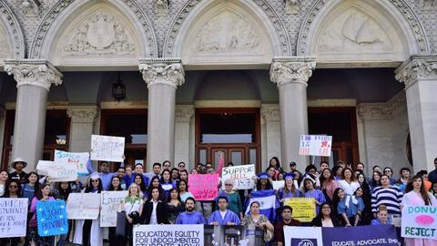 Tras el 'rally', los estudiantes se dirigieron al Capitolio de Connectic...