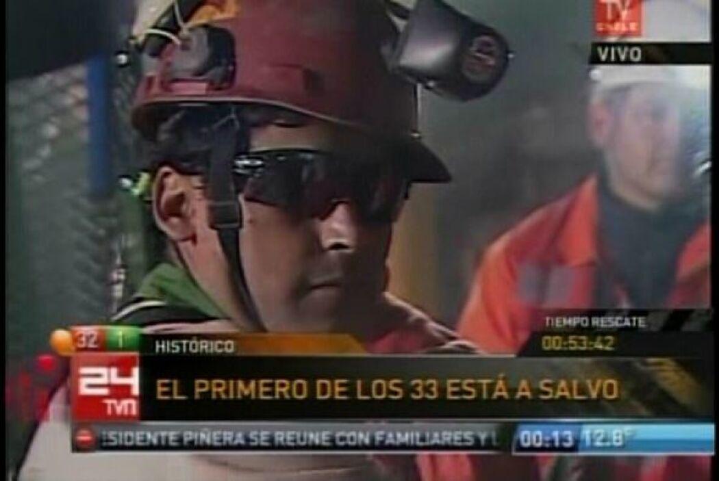 El minero Florencio Ávalos, de 30 años de edad, fue el primero de los 33...