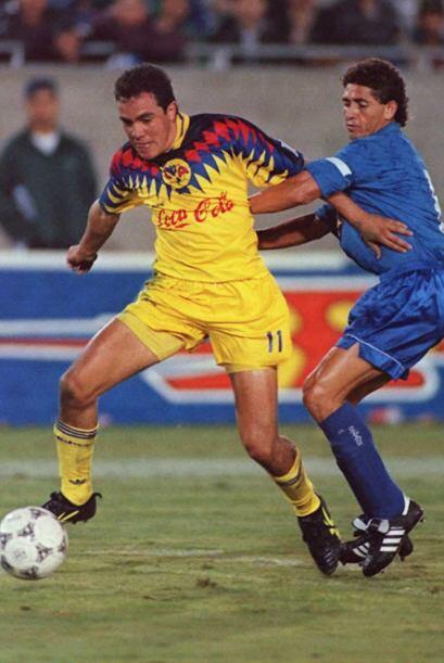 Cuauhtémoc Blanco debutó el 2 de Diciembre de 1992 con el América.