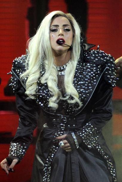 El mejor disfraz de Lady Gaga d2760c0a0ab74c049b2b1a50e7666a8b.jpg