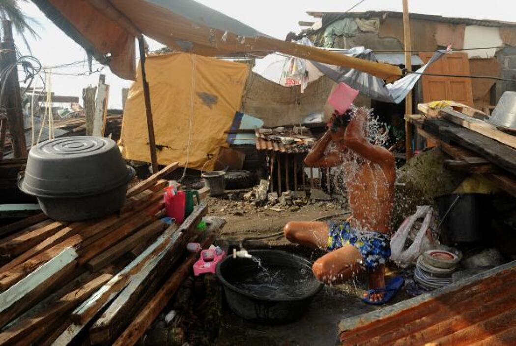 MSF, que ha desplegado en la zona a 200 de sus cooperantes internacional...