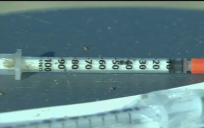 Aparecen agujas hipodérmicas en Long Beach