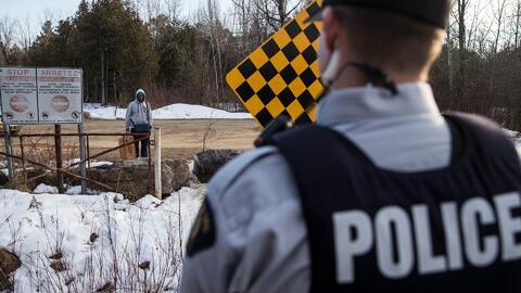 Oposición conservadora en Canadá, inquieta por el número de inmigrantes...
