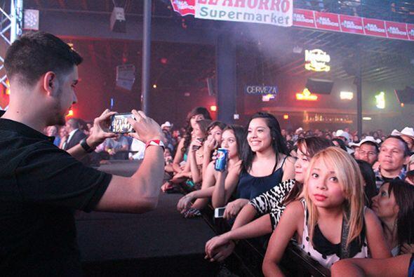 El público no dejaba de tomarse fotos y subirlas a las redes soci...