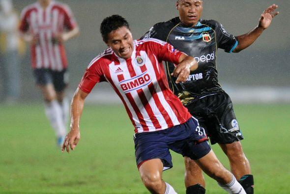 Chivas se llevó la peor goleada desde que participa en Copa Libertadores...