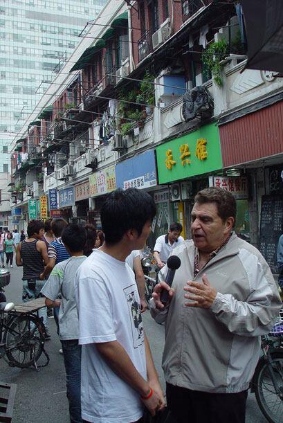 Don Francisco conoció los barrios más tradicionales de las...