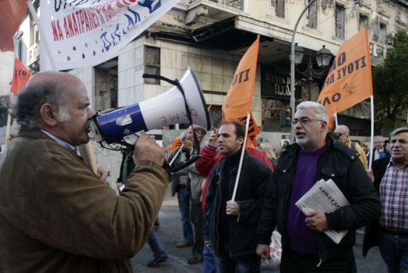 Entre los asistentes a la manifestación se contaron muchos empleados púb...