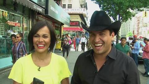 Julión Álvarez causó alboroto en un barrio latino de Nueva York