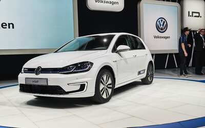 Volkswagen lanzó en China el 'People´s Car Project' 2017_e-golf_6664.jpg