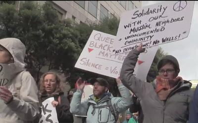 Miles de personas protestaron contra Donald Trump en las calles de San F...