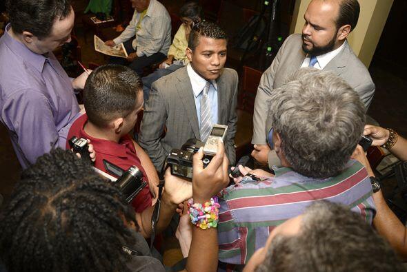 Decenas de medios de comunicación se dieron cita en la conferencia de pr...