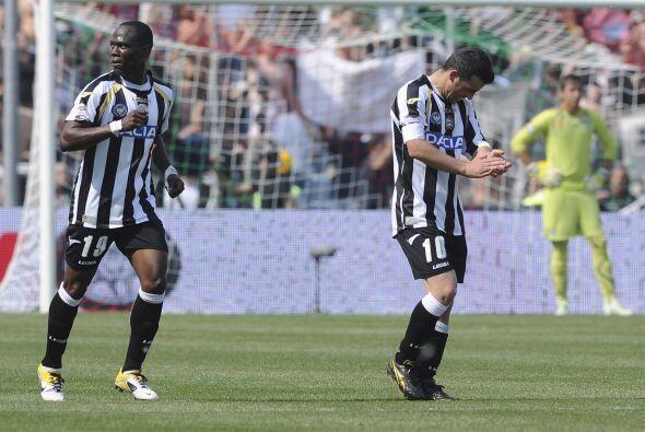 El 2-0 también fue obra de Di Natale cuando el rleoj marcaba las...