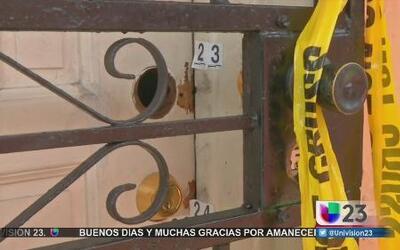 Vecinos hablan del incidente en el que murió una mujer y su hijo resultó...