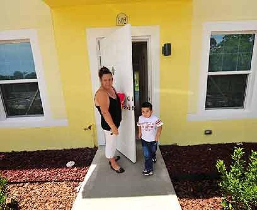 Tres recámarasLa nueva casa de Carmen, quien llegó a Estados Unidos desd...