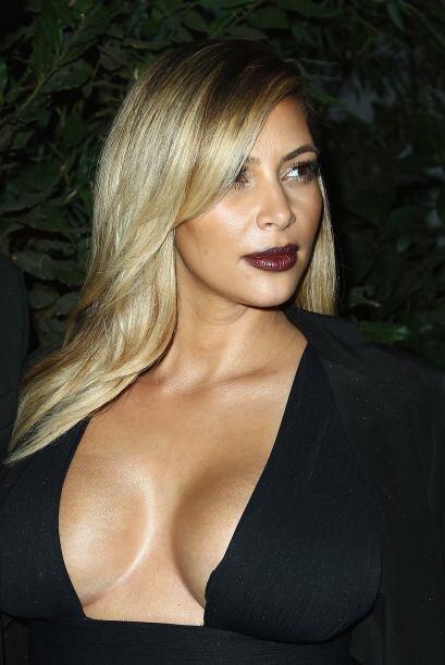 Kim Kardashian está simplemente deslumbrante. Mira aquí lo...