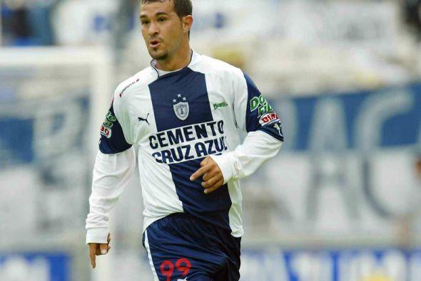 Otro que llegó al Osasuna por medio de Aguirre fue Manuel Vidrio, el def...