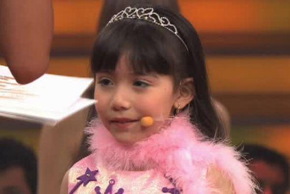 Sin embargo la bailarina fue criticada por la pequeña, pues no lo...