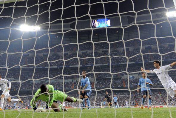 El portugués está amigado con el gol y los hinchas lo disf...