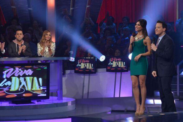 De esta forma Alejandra Espinosa  y Raúl González presenta...