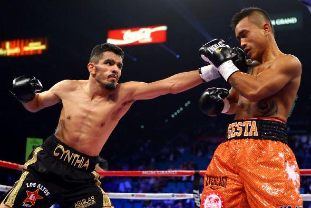 Miguel Vázquez hizo una pelea inteligente, sin caer en provocaciones y m...