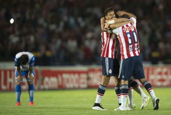 Aunque las Chivas tienen cinco puntos de ventaja sobre el Puebla, los ta...