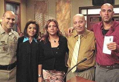 La jueza cumplió con su trabajo y unió a una familia.
