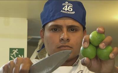 Con un cuchillo y unos cuantos limones, este cocinero peruano logró hace...