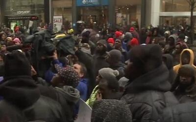 Activistas interrumpirán el Viernes Negro en la Avenida Michigan para re...