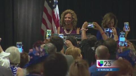 Convención Demócrata inicia con otro escándalo