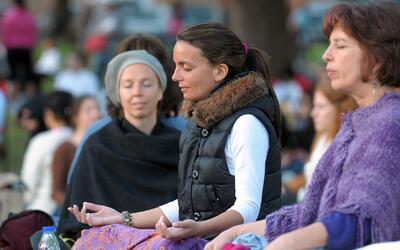 Cómo practicar la meditación paso a paso