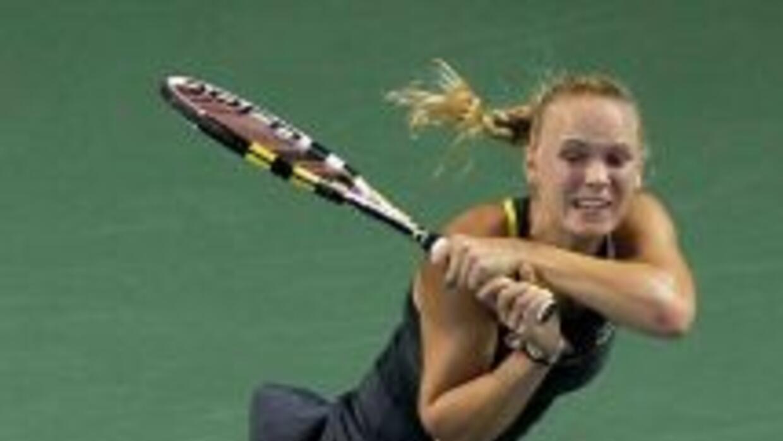 La danesa Caroline Wozniacki se enfrentará a la bielorrusa Victoria Azar...