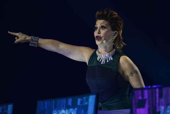 Incluso Alejandra Guzmán se paró de su asiento varias veces.