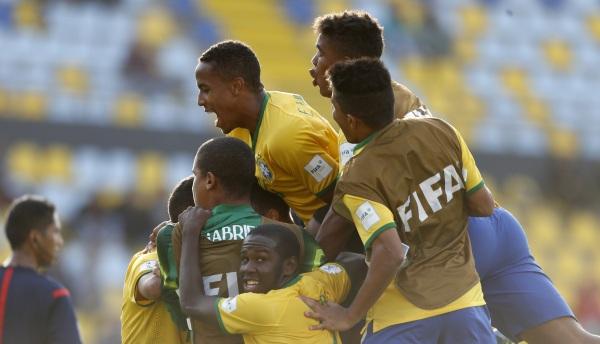 Luis Henrique marcó el gol del triunfo