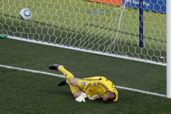 Sebastien Le Toux anotó el único gol del encuentro a los 7...