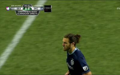 Disparo afuera de Graham Zusi