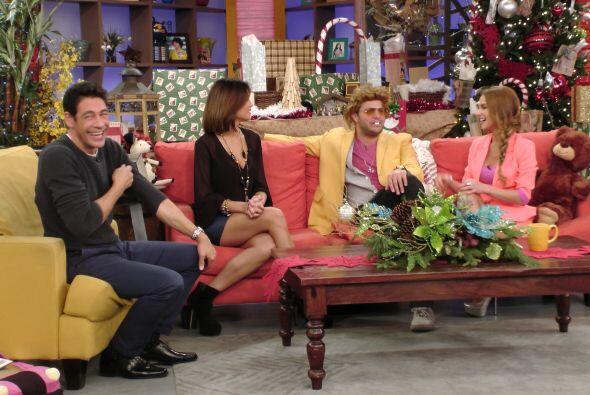 Zuleyka Rivera, Giselle Blondet, Paul Stanley y Leslie Grace, junto a nu...