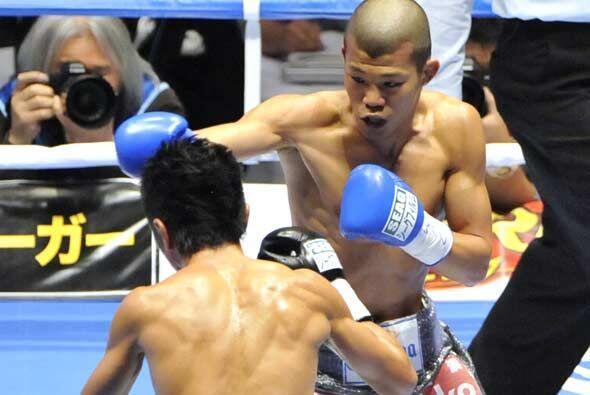 En una pelea entre japoneses por el título mosca CMB,  Daisuke Na...