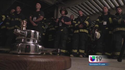 Bomberos recuerdan a colegas caídos en atentados del 11 de septiembre