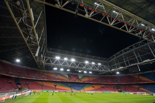 El Ajax Arena de Amsterdam, testigo del regreso de Carlos Vela al 'Trico...