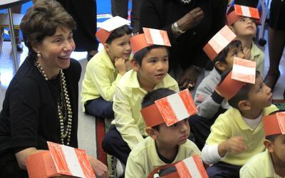 En EEUU hay 770 mil niños indocumentados que deben estar en la es...