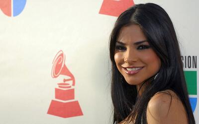 Alejandra Espinoza fue la primera en ganar la corona de Nuestra Belleza...