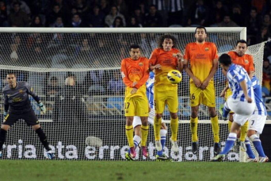 El Barcelona entró en unos minutos de desconcierto y la Real Sociedad co...