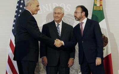 Kelly y Tillerson con el canciller mexicano, Luis Videgaray.