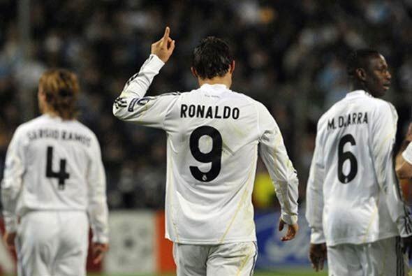El Real Madrid terminó así en el primer lugar de su grupo,...