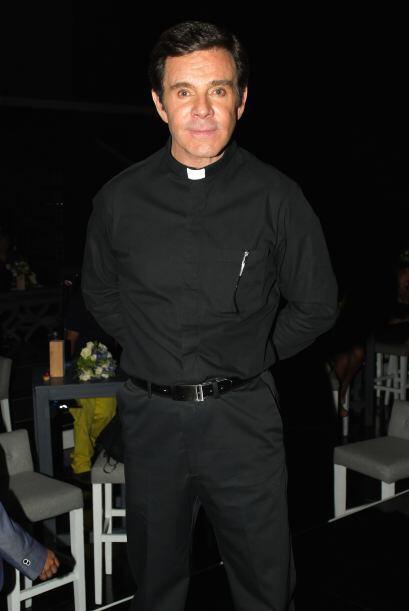 Junto a Guillermo Capetillo, quien se pondrá la sotana para actuar como...