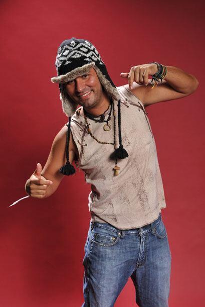 """Fuera del calor de la isla de """"Desafío"""", Diego nos mostró su estilo más..."""