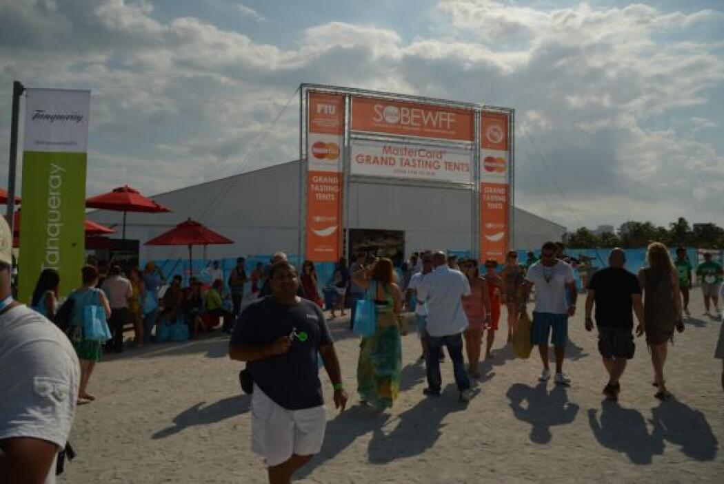 Este evento se realiza cada año en las magníficas playas de Miami y cubr...