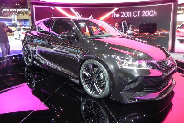 El Lexus CT 200 H ya está a la venta en Estados Unidos, apoyado en la te...