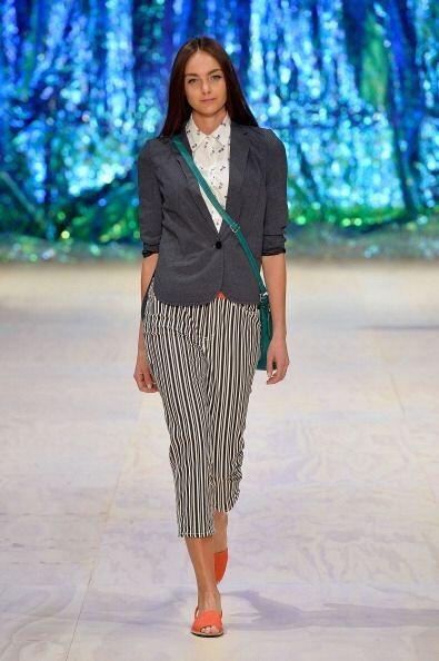 Jamás creíste que con una sola prenda podrías crear 'look' formales. El...